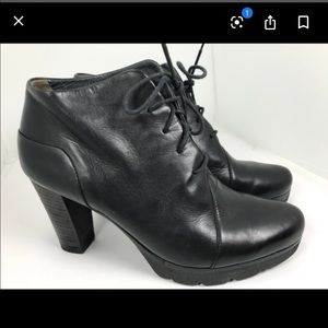 Paul Green Black Leather Lace Up Heel Booties